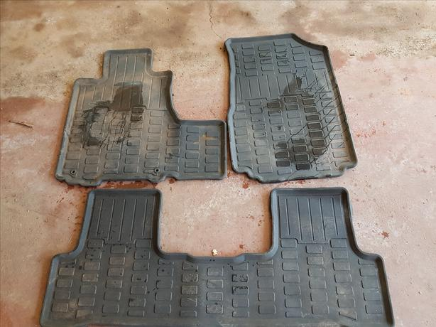 Honds CRV Fitted Car Mats & Cargo Liner