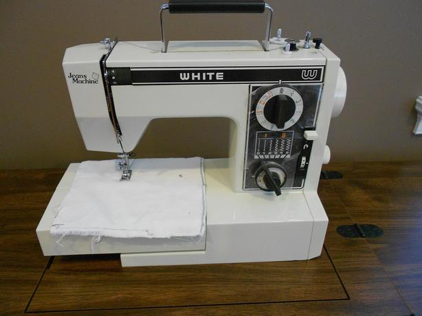 JEANS MACHINE WHITE MODEL NO 40 West Shore LangfordColwood Interesting Jeans Machine White Sewing Machine