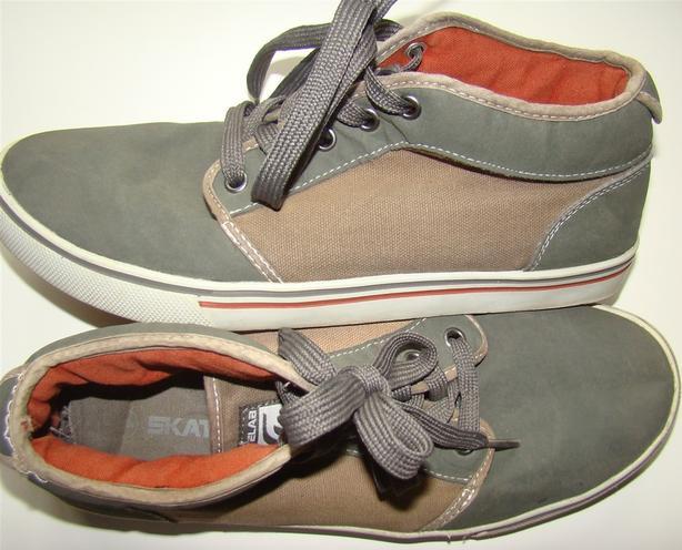 OBO - Brown & Greenish Color SL Men/Boys Shoes Good Condition Size 9