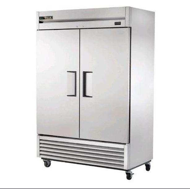 True - Solid Two Door Reach-In Freezer, 42.1 Cubic Feet - T49F