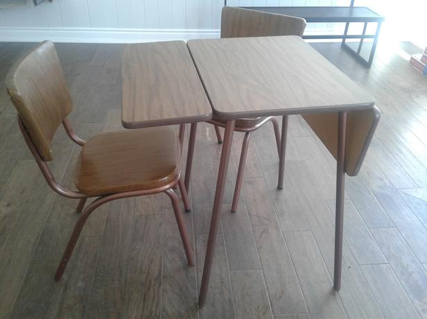 Retro 1960s table and two chairs