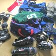 Kids hockey gear - aged 8 to 12 yrs old