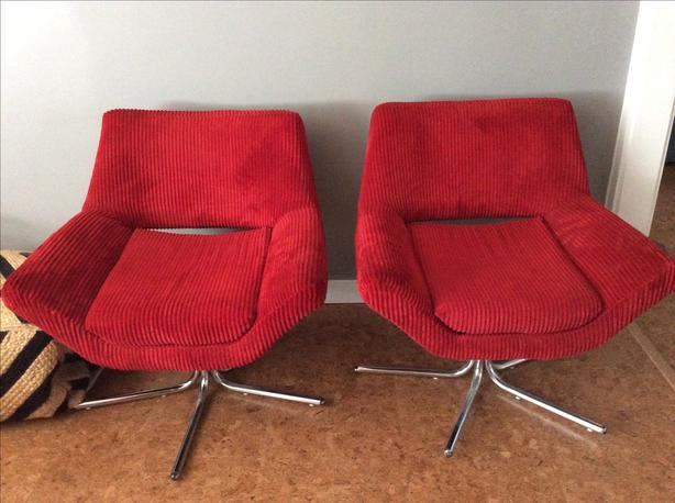 Wondrous Red Mid Century Modern Corduroy Swivel Chairs Victoria City Home Interior And Landscaping Mentranervesignezvosmurscom