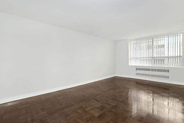 New Studio in Yorkville-Annex! Steps to Bloor & Downtown!