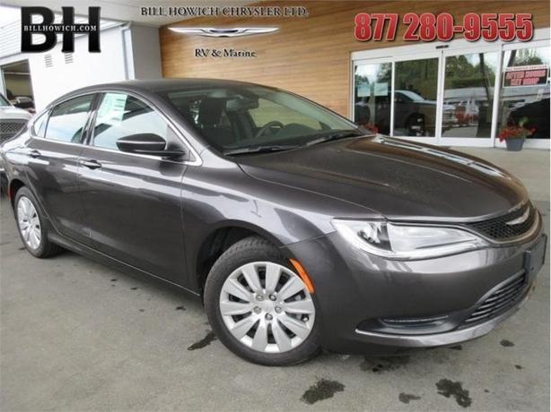 2016 Chrysler 200 LX - Uconnect - $131.05 B/W
