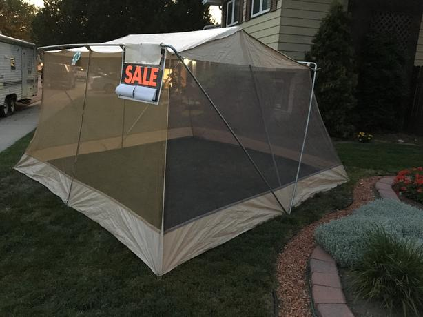 Screened Dining Tent   12 Ft X 12 Ft