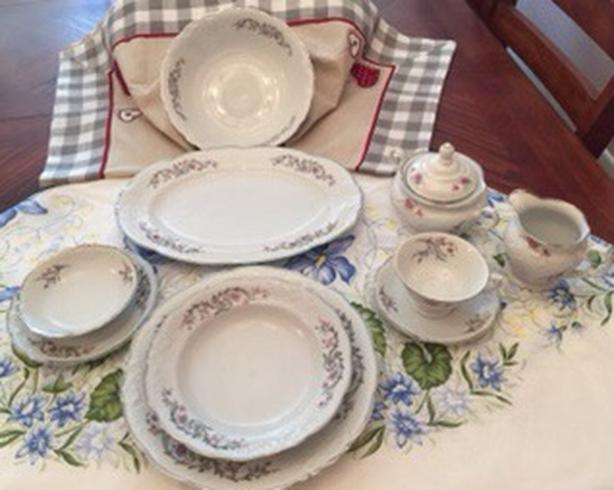 New Dinnerware: Walbrzych, Made in Poland.