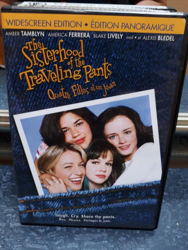DVD The Sisterhood of the Traveling Pants / Quatre filles et un jean Bilingual