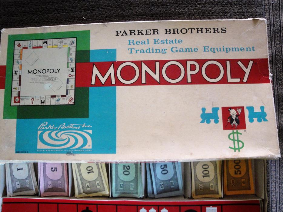 Vintage 1961 Monopoly Game W Metal Playing Pieces Missing