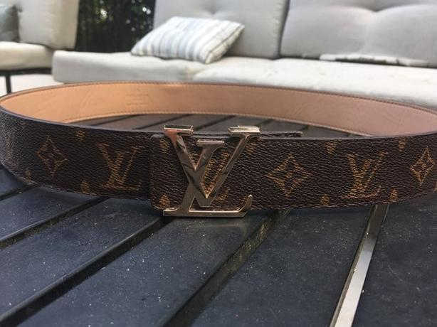 17a10f48ae4d Louis Vuitton Brown Initials Belt Size 46 115 Esquimalt   View Royal ...