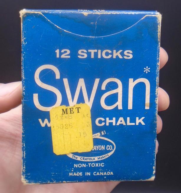VINTAGE 1950's BOX OF CHALK - SWAN WHITE CHALK CANADA CRAYON CO.