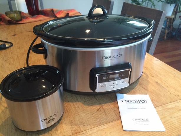 Crock Pot Slow Cooker 8 Quart With Little Dipper