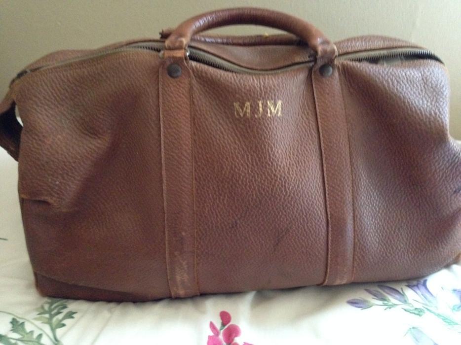 c0f976f4b567 $50 · Men's leather valise/ suitcase