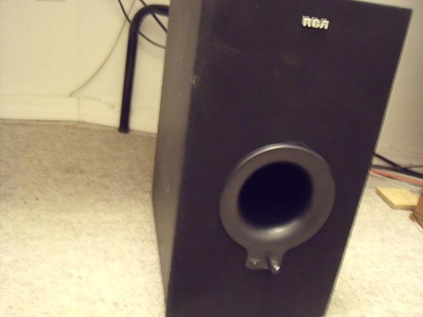 Powered RCA Sub-Woofer model SP2030AW