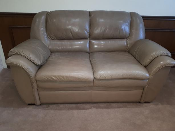 Leather Loveseat Scarborough Toronto