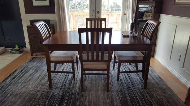 beautiful ethan allen dining room table and chairs west shore rh usedvictoria com Ethan Allen Dining Room Sets Ethan Allen Pine Dining Room Chairs
