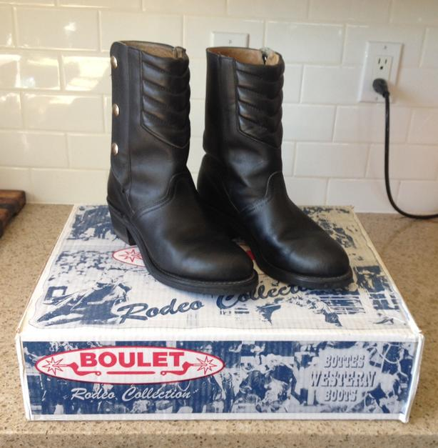 19ad8923b2b  Log In needed $150 · Womens Boulet Motorcycle Boots size 9