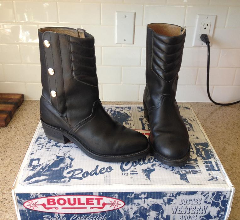 8b8dd9672fb $150 · Womens Boulet Motorcycle Boots size 9