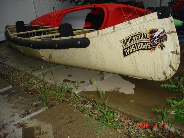 $700 · Sportspal canoe 14ft  square stern