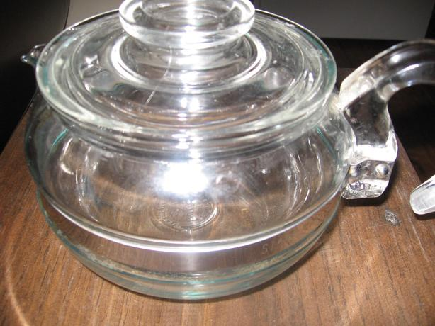 PYREX TEA POT