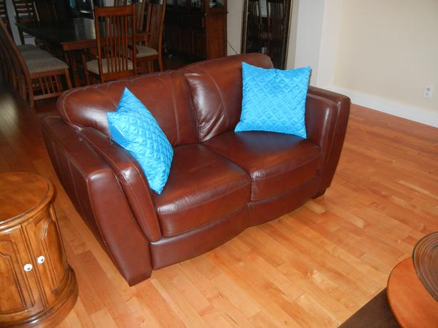 Sofa And Love Seat West Shore Langford Colwood Metchosin