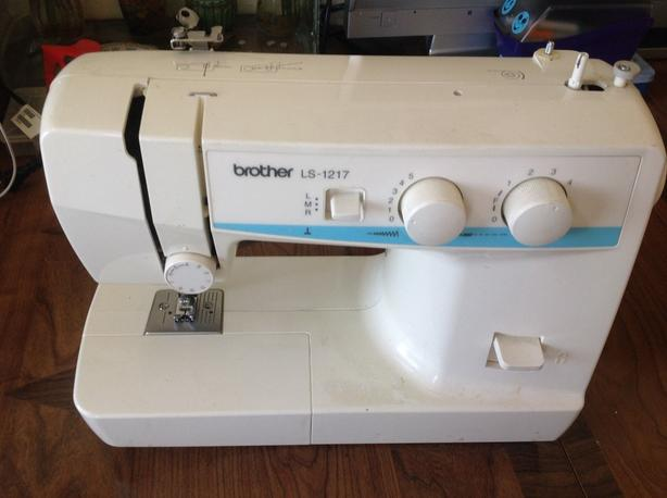 Brother Portable Sewing Machine LS40 Victoria City Victoria Amazing Sewing Machine Brother Ls 1217