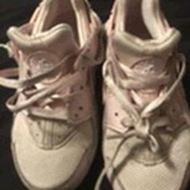 Nike kids sz 12c