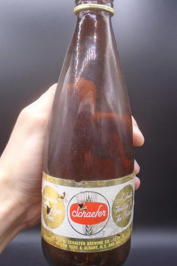 VINTAGE 1960s SCHAEFER BEER (12 OZ.) PAPER LABEL BOTTLE NEW YORK