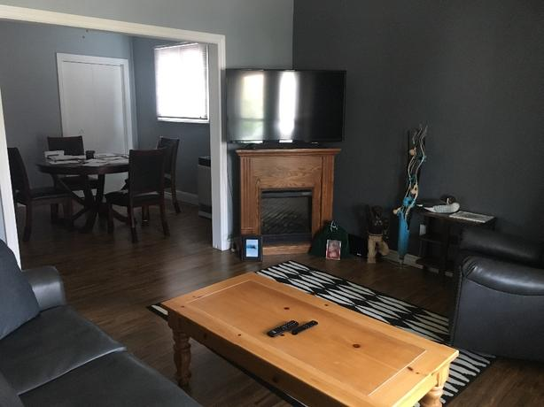 2 bedroom apartment in desirable downtown area