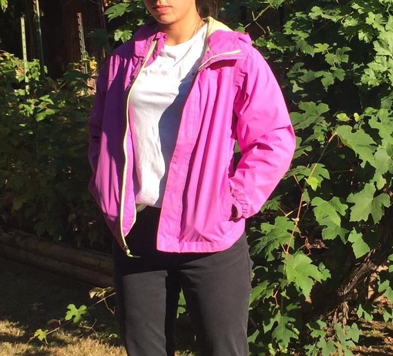 82f4c38d64 North Face -rain coat- Light Purple - Dryvent light jacket - kids size Large  Cobble Hill