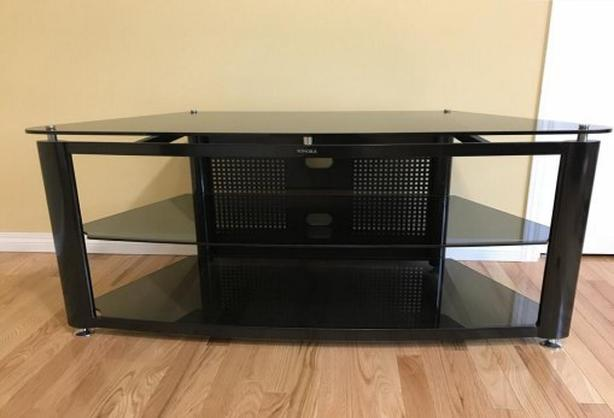 Large audio media and video TV stand