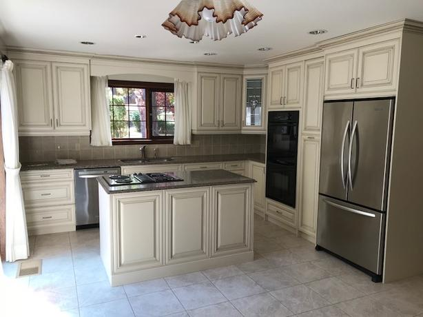 High end kitchen cabinets granite countertops cooktop for High end wall ovens