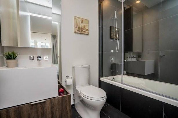 Fully Furnished Modern 2 Bedroom Condo in Yorkville