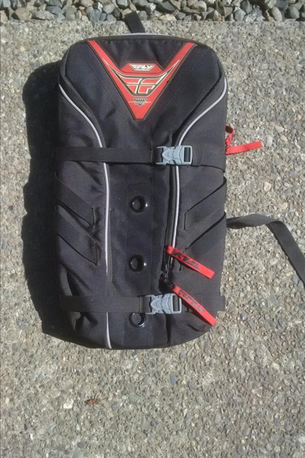 FLY Chest protector backpack