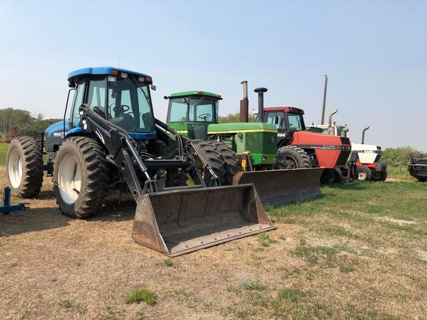 Truck,Tractor,Baler,Haybine,Trucks,Trailers,Mix wagons,post pounder, Misc