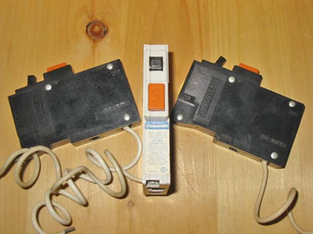 COMMANDER QBH 15 Amp, 1 Pole, 120 Volt GFCI Circuit Breaker ~ Rare!