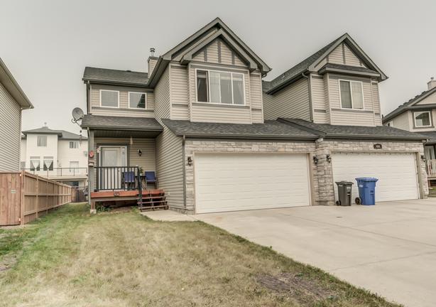 Fabulous Home In Lake Community