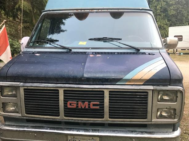 "GMC 1985 G2500 Vandura RWD ""Get-Away Van"" Campervan RV"