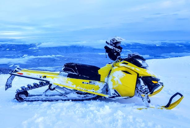 2015 Ski Doo Summit X 174 T3