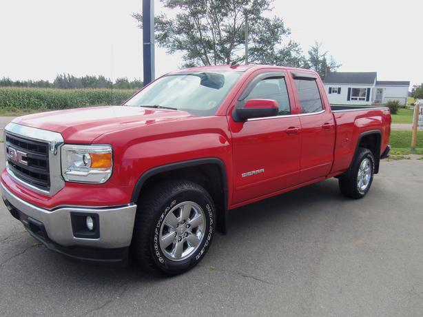 2014 GMC SIERRA 1500 SLE DOUBLE CAB 4X4 NEW GOODYEAR TIRES !!
