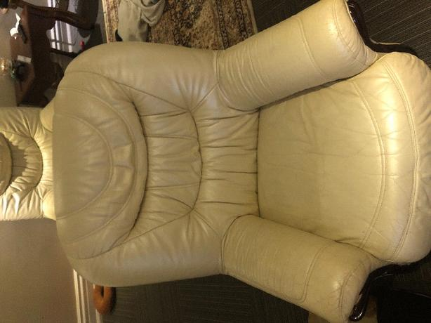 Selling 2 large beige chairs and a beige sofa