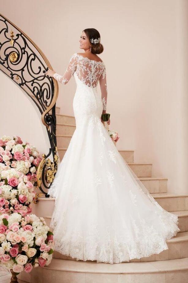 Brand New Stella York Long Sleeved Wedding Gown, Size 10 Nepean, Ottawa