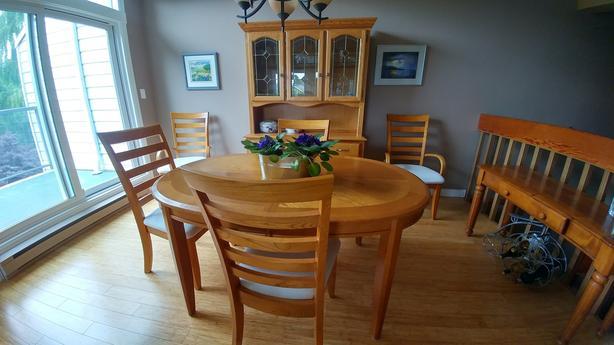 Light Oak Dining Table Amp Matching Buffet Amp Hutch North