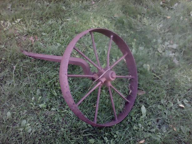 Steel farm wheel