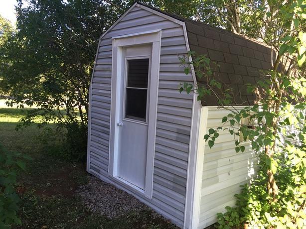 Baby Barn 8x10 With Steel Entry Door With Lite Alberton Pei
