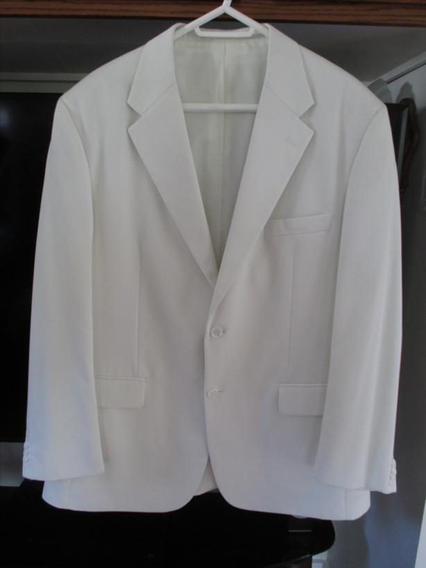 Men's White Two Piece Suit