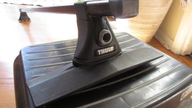 Thule Foot pack + fit kit for Honda Element (or CRV)