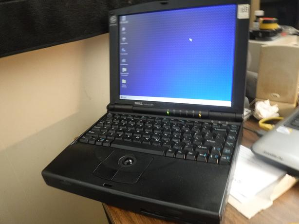 Dell Latitude XPi P133st laptop