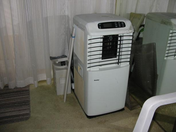 DANBY AIR COND, ALL SEASON, HOOVER WIDEPATH VAC, HEPA FILTER, BOTH LIKE NEW
