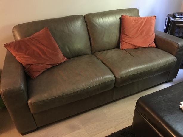 High quality Natuzzi Italian leather sofa Saanich, Victoria